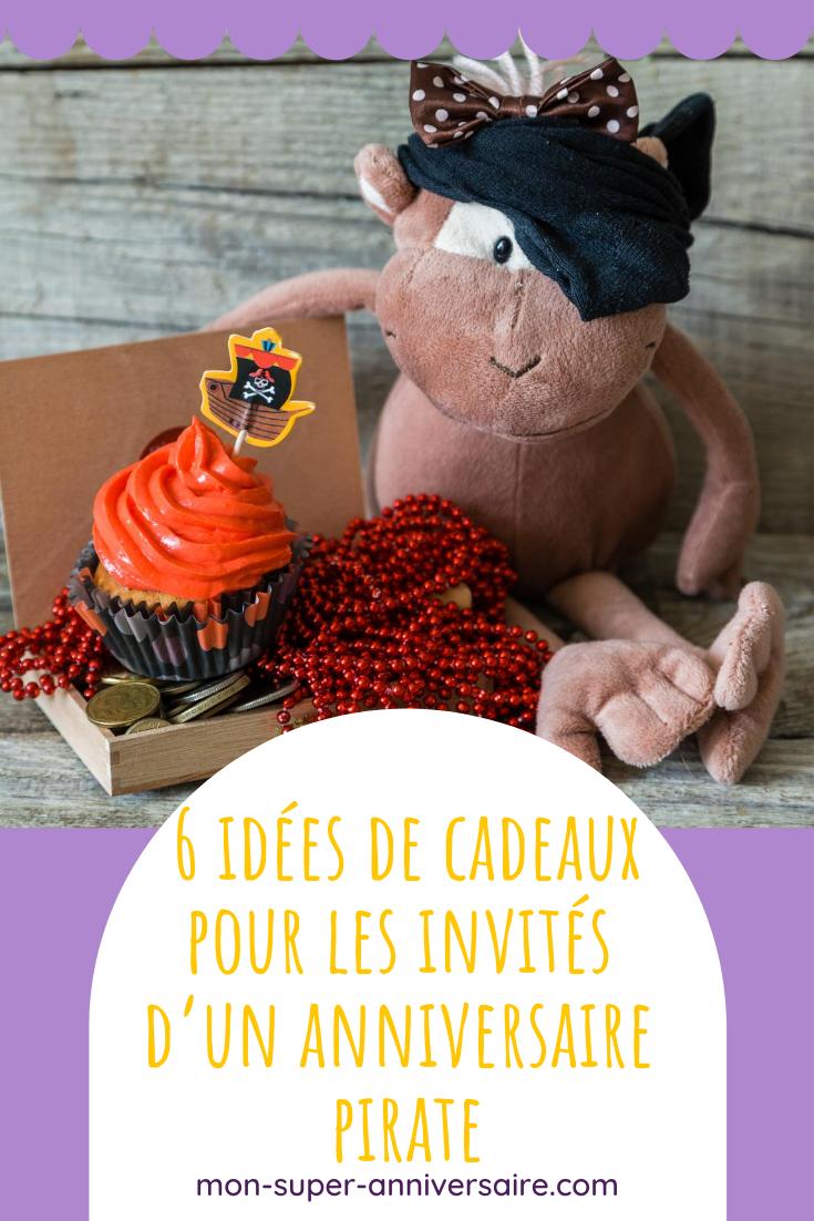 Découvre 6 idées de cadeaux d'invités à offrir à la fin d'un anniversaire pirate. Des incontournables pièces d'or en chocolat, au cache-œil du capitaine, succès garanti!