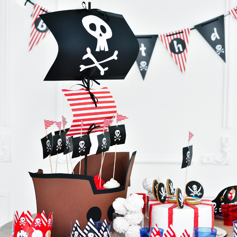 A L Abordage Avec Une Decoration D Anniversaire Pirate Incroyable