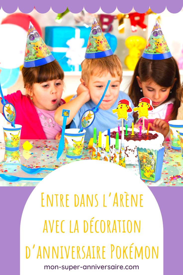 Découvre nos conseils pour réussir ta décoration d'anniversaire Pokémon : table bien dressée, Pokémon et Pokéballs par milliers !