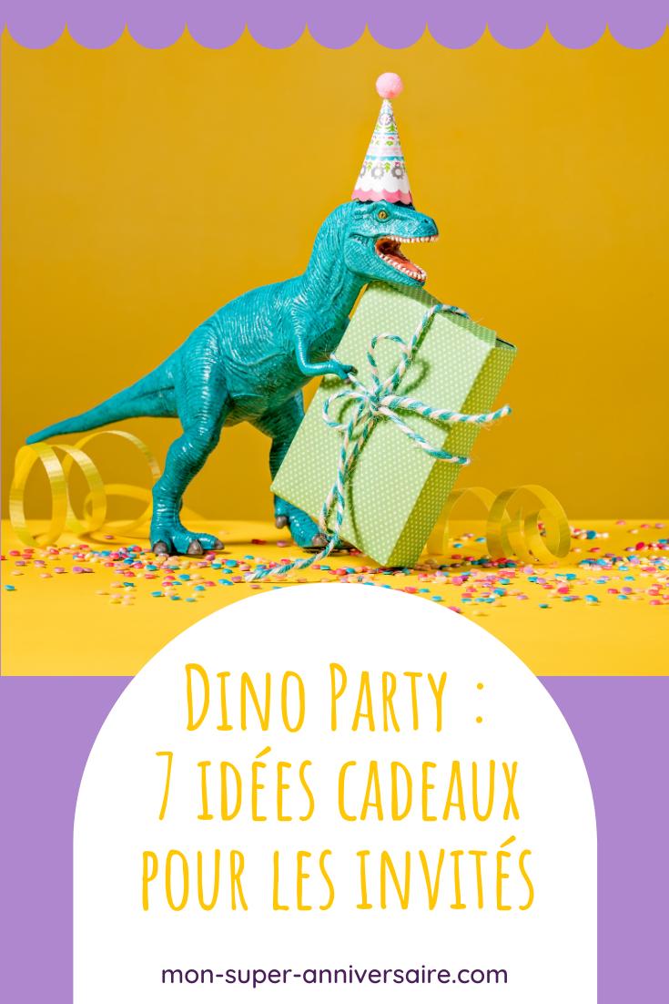 Découvre nos idées de cadeaux à offrir aux invités d'un anniversaire dinosaure : oeufs de dinos, bracelets, tatouages éphémères, friandises...
