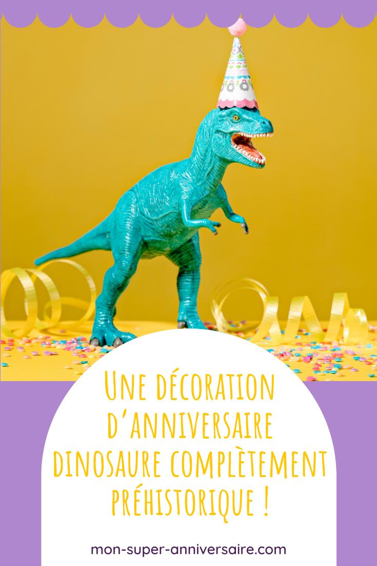 Découvre nos idées pour une décoration d'anniversaire dinosaure pour enfant : couleurs, sweet table, ballons, invitations...